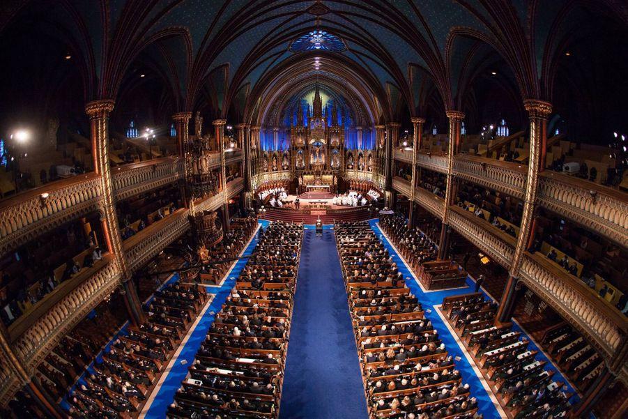 Les invités dans la Basilique de Montréal