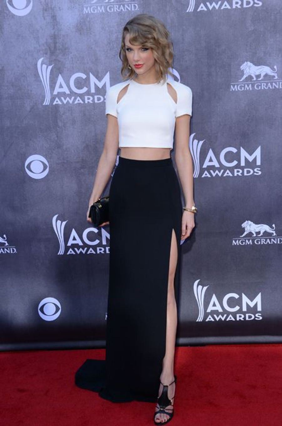Taylor Swift en J. Mendel aux ACM Awards, en avril 2014