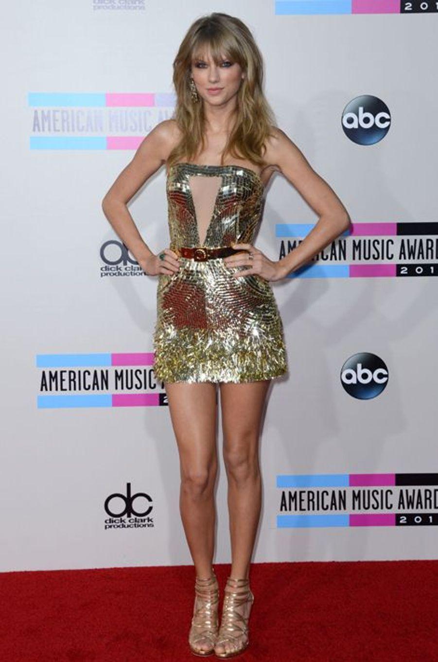 Taylor Swift en Julian McDonald aux American Music Awards, en novembre 2013