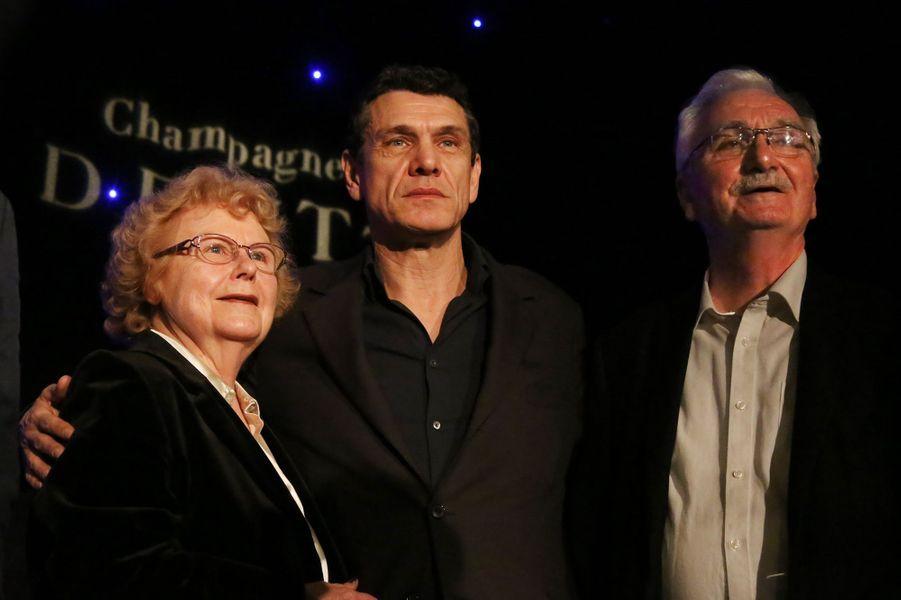 Marc Lavoine entouré de sa tante et de son oncle à Paris le 1er février 2016