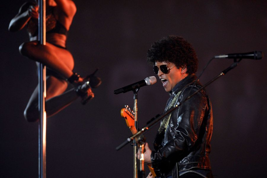 """Meilleure chanson : Bruno Mars avec """"Locked Out Of Heaven"""""""
