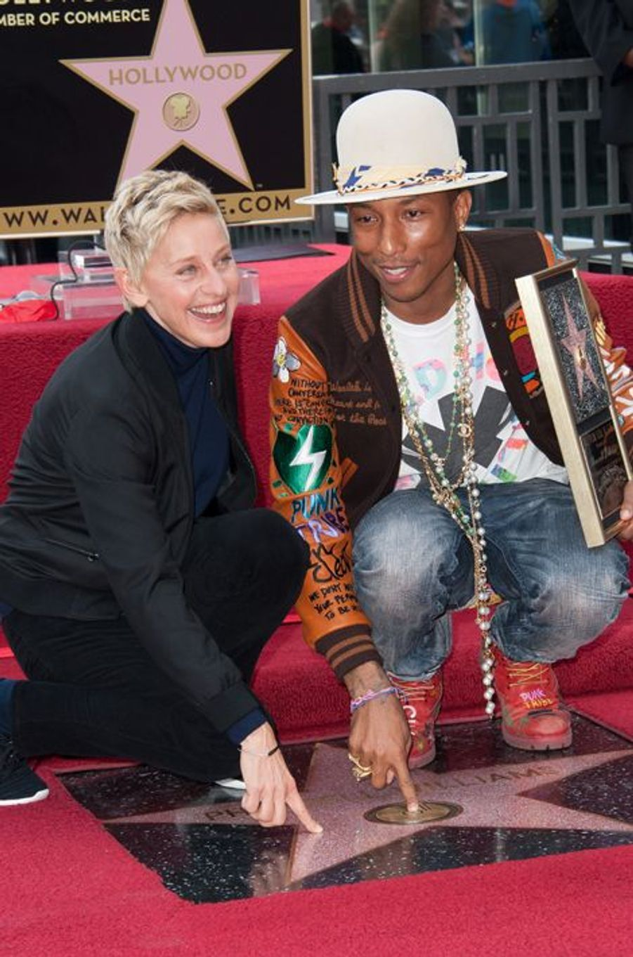 Pharrell Williams et Ellen DeGeneres à Los Angeles le 4 décembre 2014