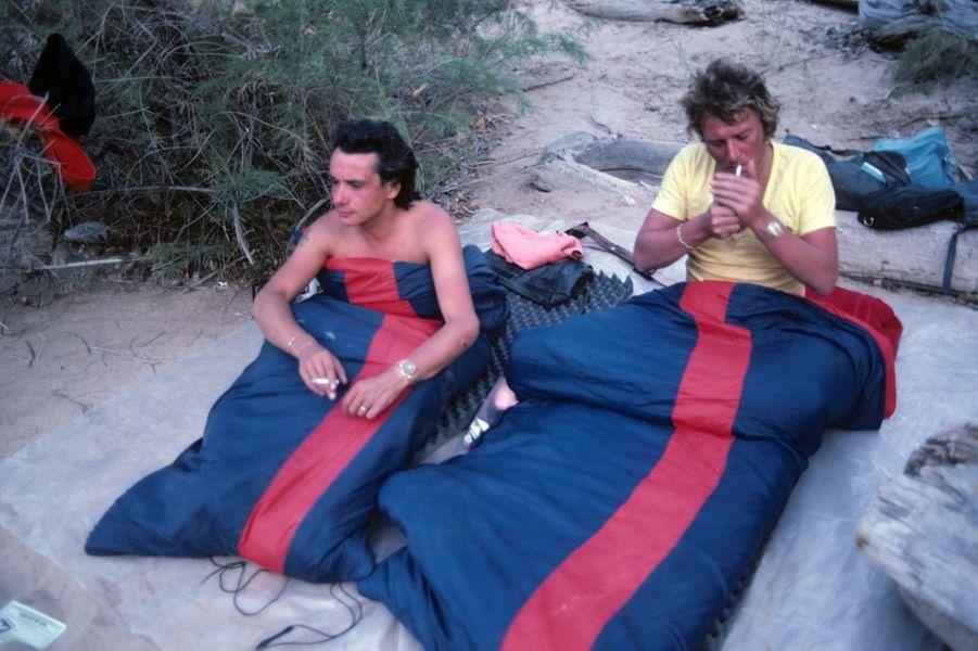Avec Johnny Hallyday, sur les bords du fleuve Colorado, en juin 1978