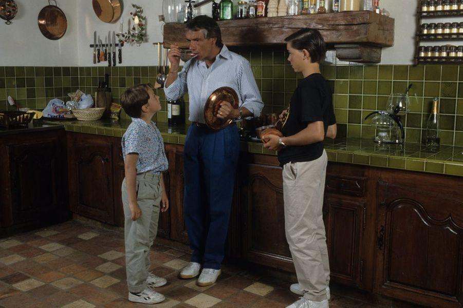 Michel Sardou et ses enfants, août 1987