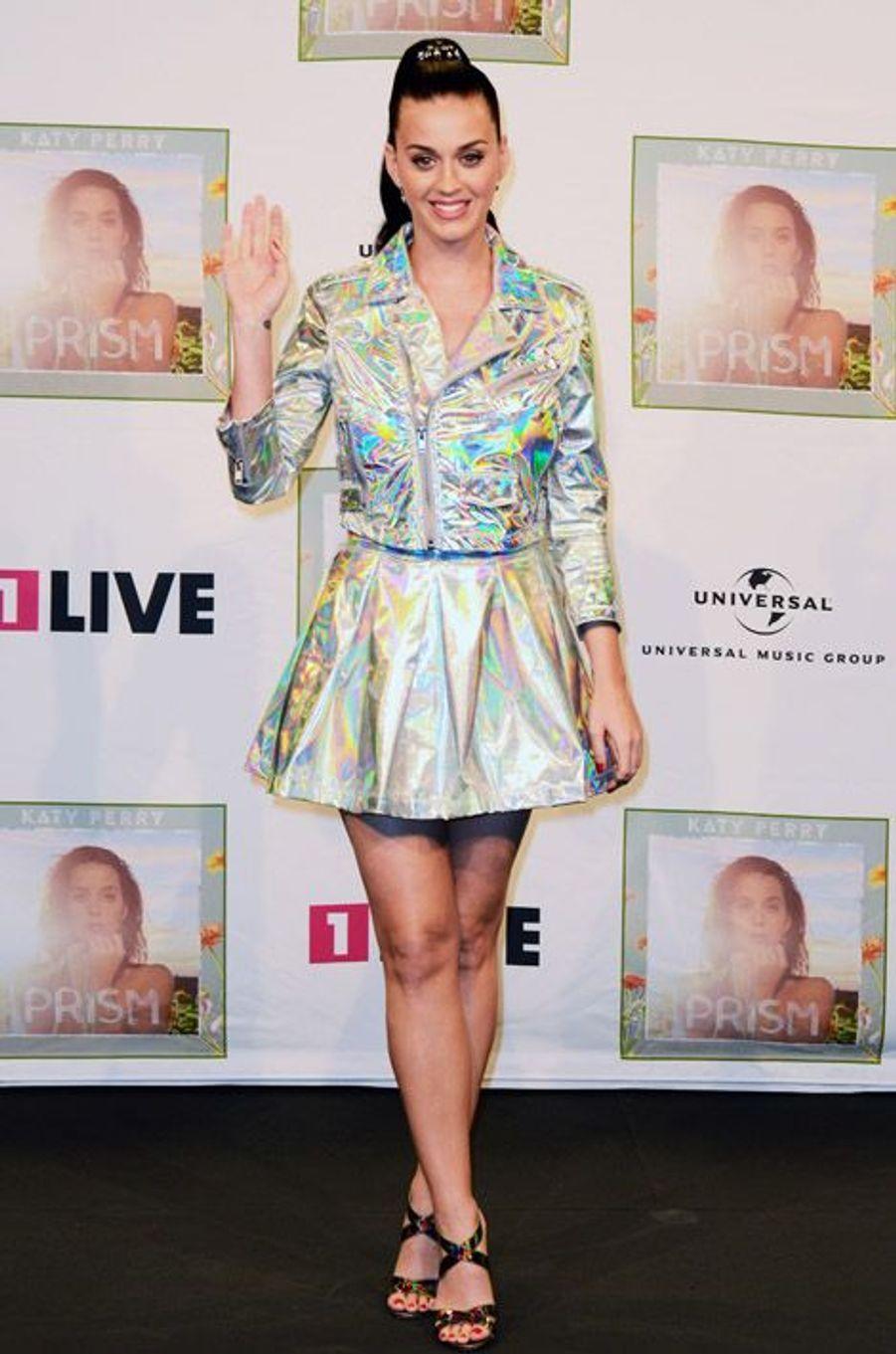 Katy Perry en promotion à Cologne, Allemagne, novembre 2013
