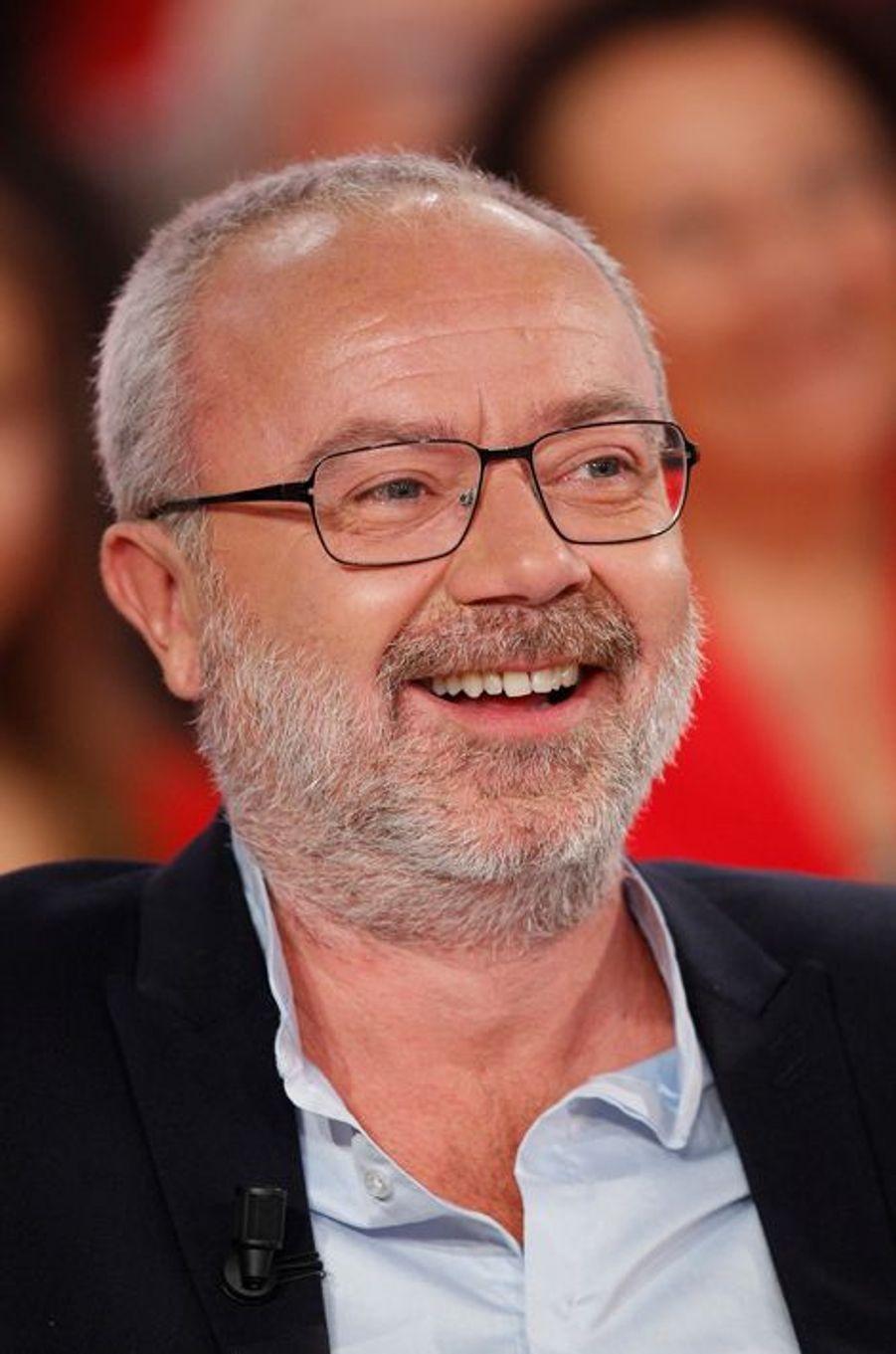 Olivier Baroux pendant l'enregistrement de «Vivement Dimanche» Roberto Alagna à Paris, le 15 octobre 2014