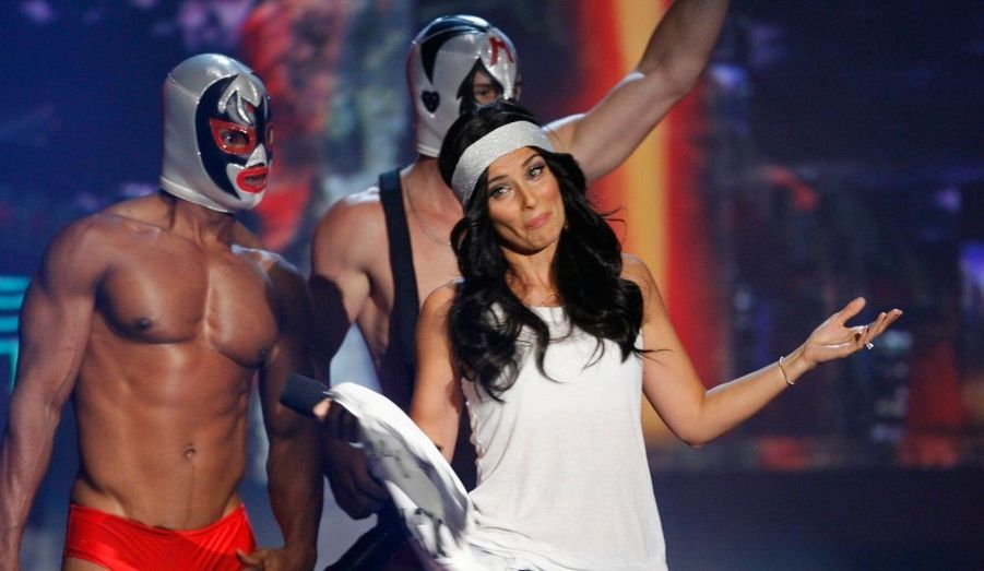 La chanteuse Nelly Furtado a participé au MTV Los Premios 09 awards de Los Angeles. Parmi les stars invités au show, un certain 50 Cent.