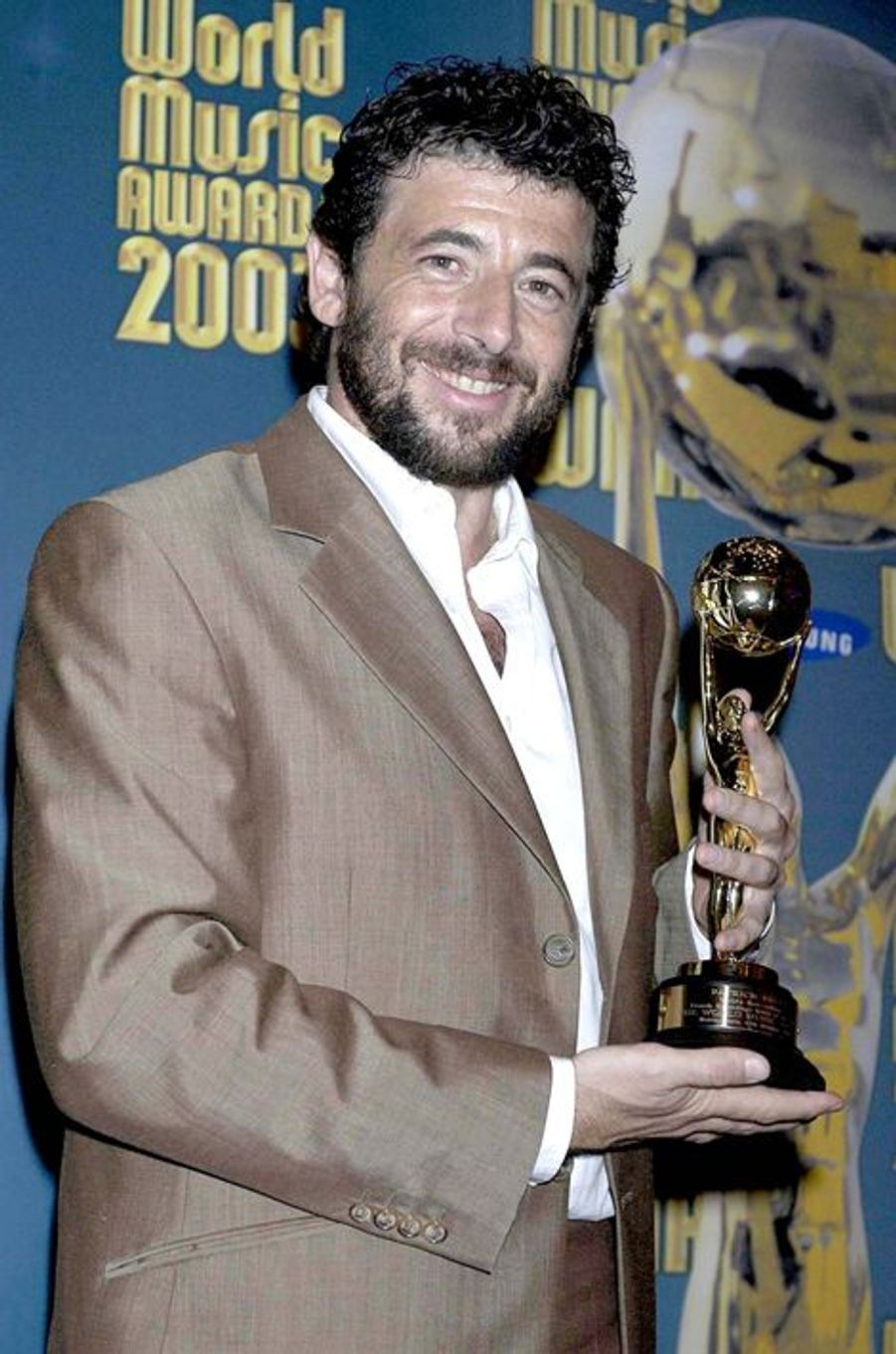 Patrick Bruel à Monte Carlo le 12 octobre 2003.