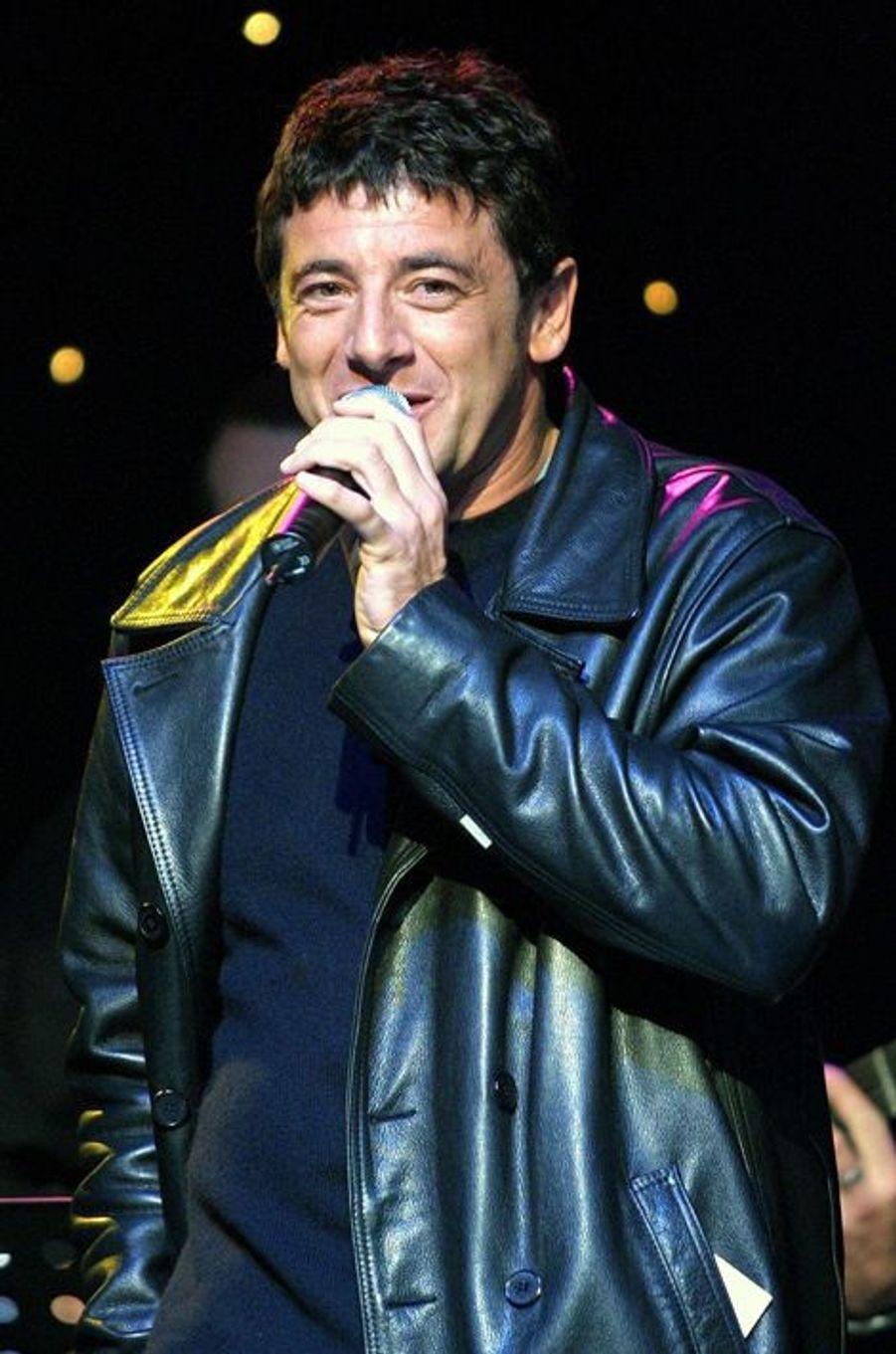 Patrick Bruel à Paris le 12 novembre 2001.