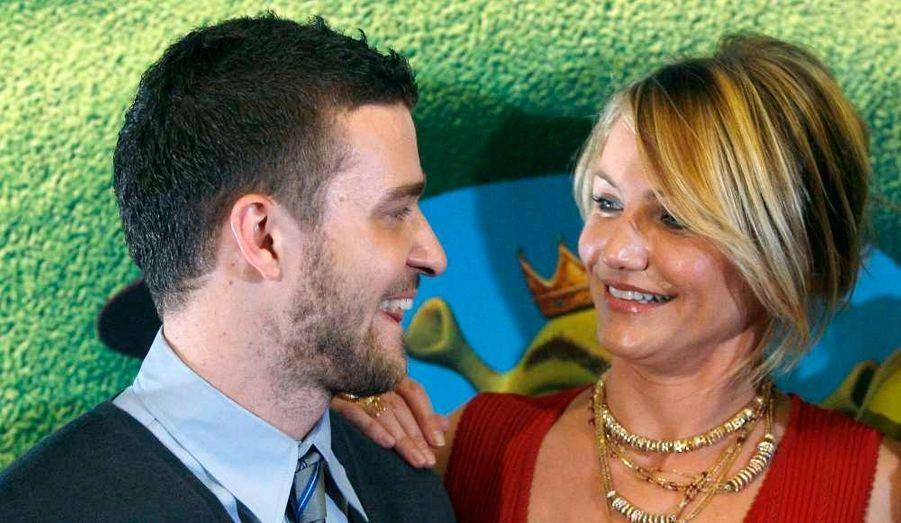 Justin Timberlake et Cameron Diaz sont sortis ensemble de 2003 à 2007. Leur relation avait été tenue secrète les premiers mois. En mars 2010, le chanteur et l'actrice de neuf ans son aînée auraient de nouveau flirté ensemble.
