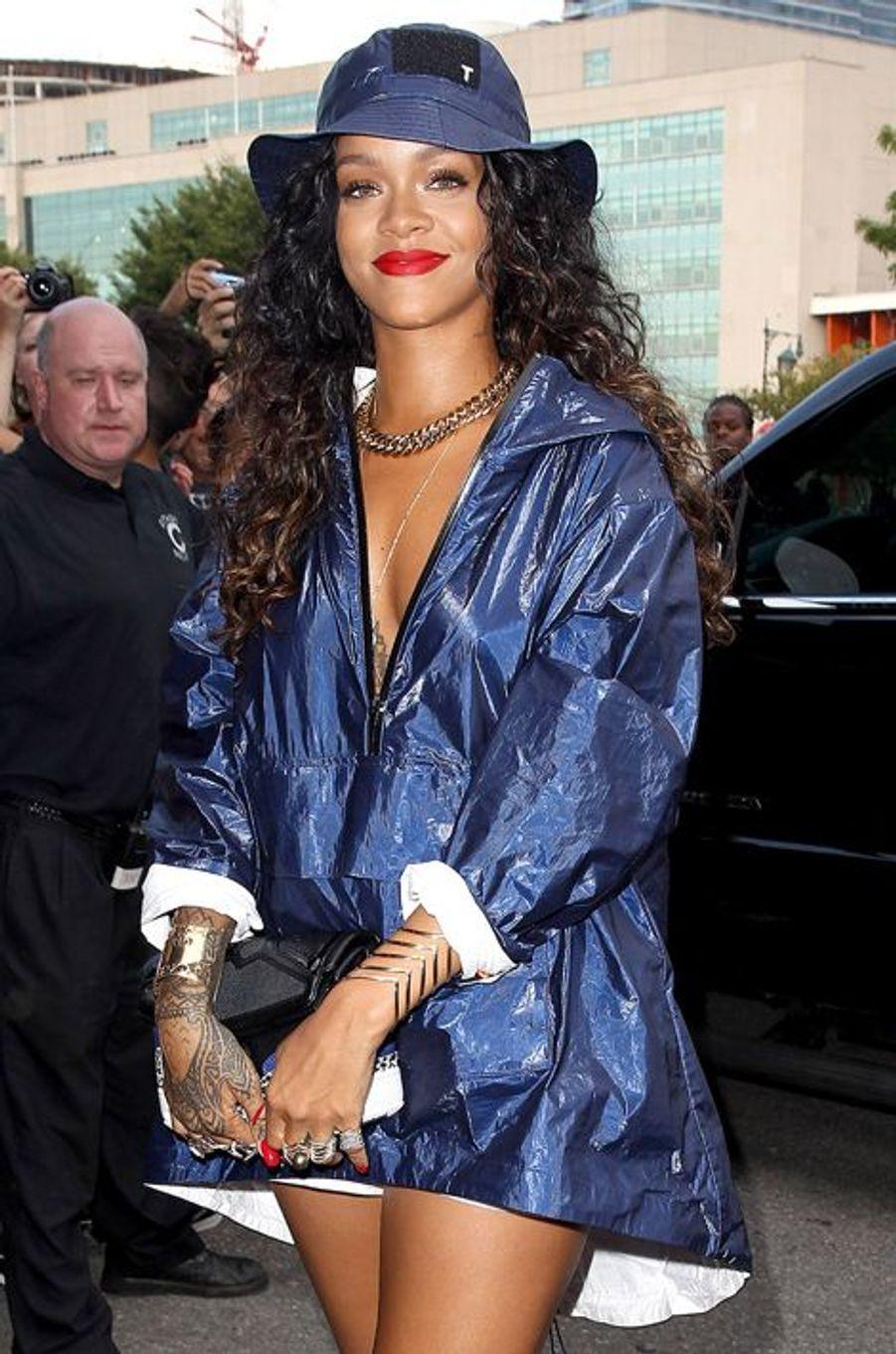 Rihanna au défilé d'Alexander Wang à la Fashion Week à New York, le 6 septembre 2014.