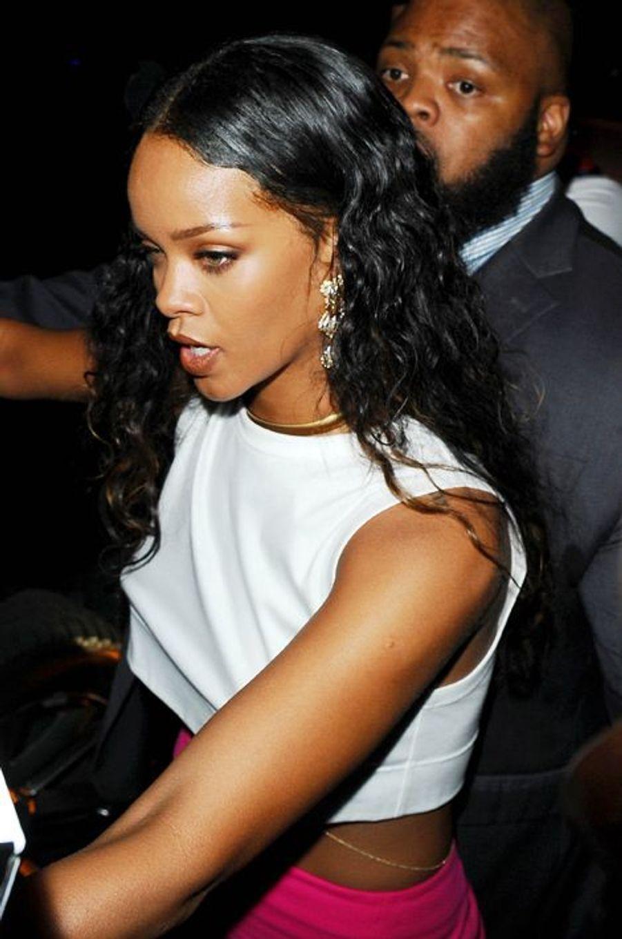 Rihanna au défilé Versus Versace à la Fashion Week à New York, le 7 septembre 2014.