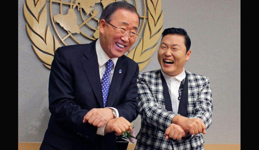 La star de K-pop a appris au secrétaire général de l'ONU, Ban Ki-moon, quelques mouvements de sa chorégraphie.