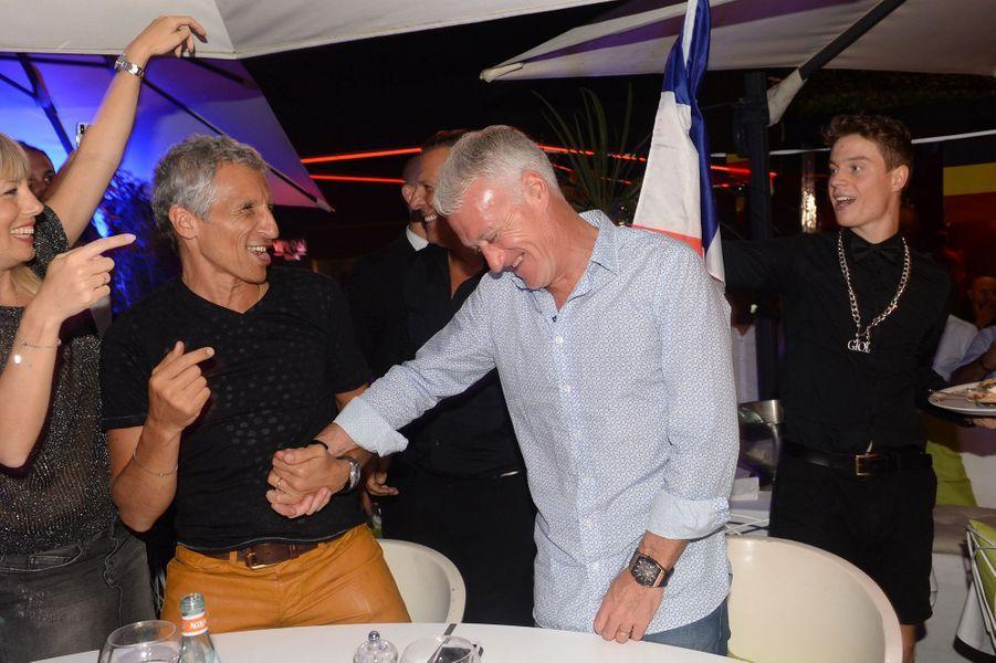 Didier Deschamps et Nagui en 2018 à Saint-Tropez