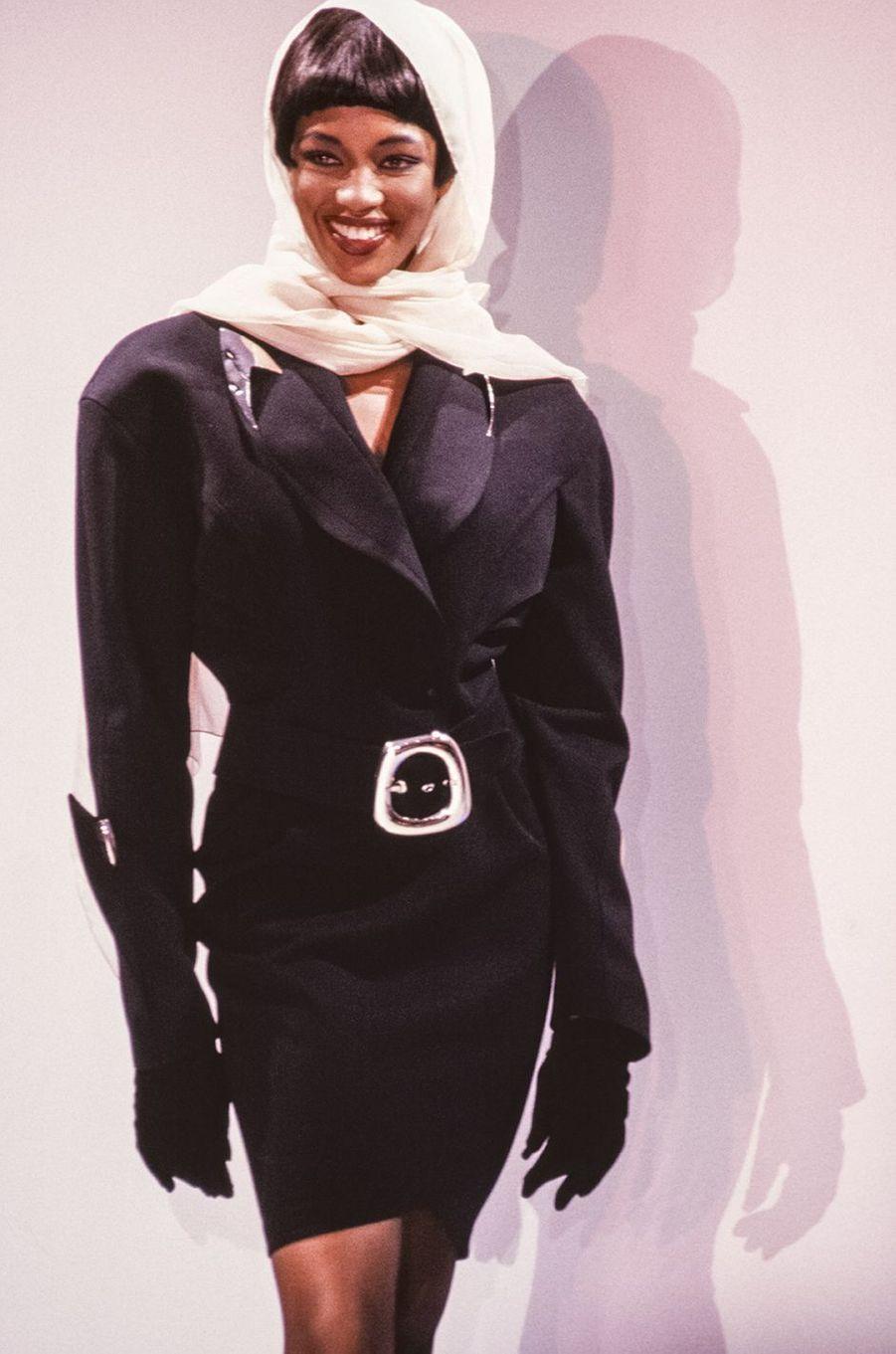 Naomi Campbell lors du défilé Thierry Mugler à Paris en mars 1989