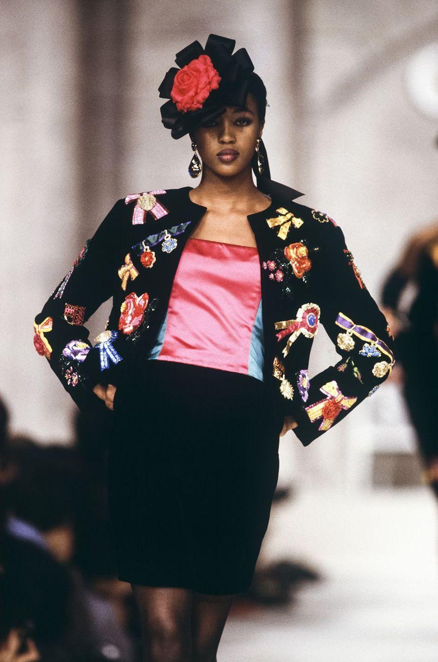 Naomi Campbell au défilé Christian Dior à Paris en mars 1988