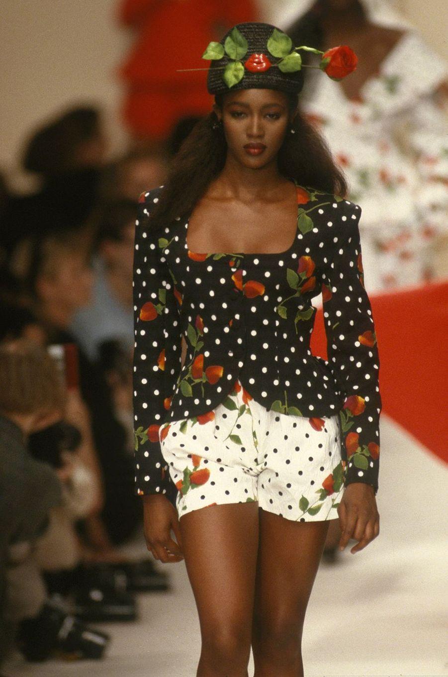 Naomi Campbell lors du défilé Patrick Kelly à Paris en 1988