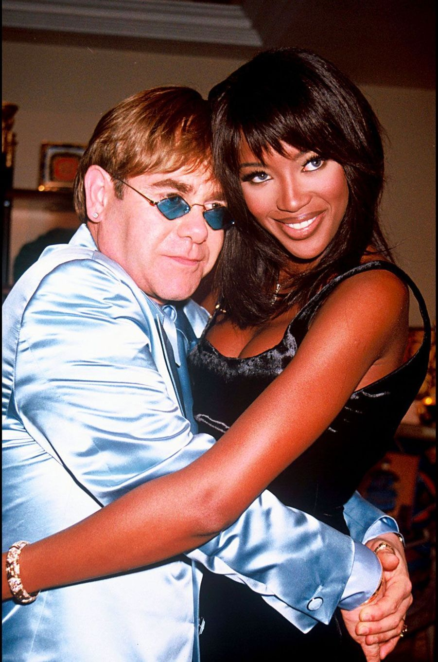 Naomi Campbell et Elton John en 1995