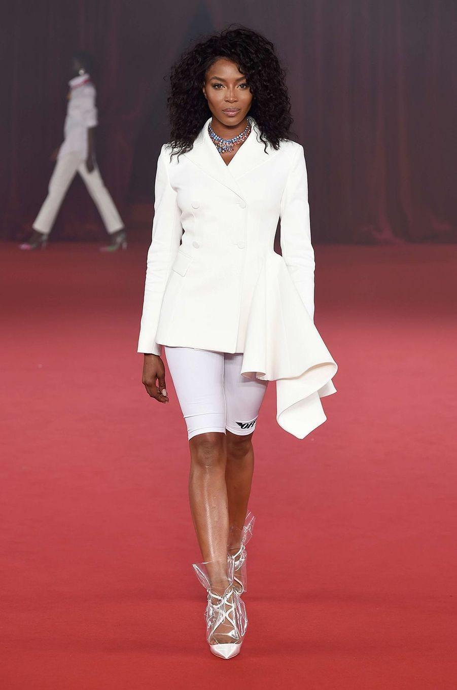 Naomi Campbell lors du défilé Off-White, à Paris.