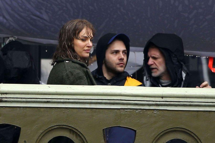 Natalie Portman complice avec Xavier Dolan sur le tournage de son nouveau film.