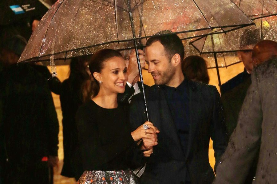 Natalie Portman et Benjamin Millepied à Londres en 2013.