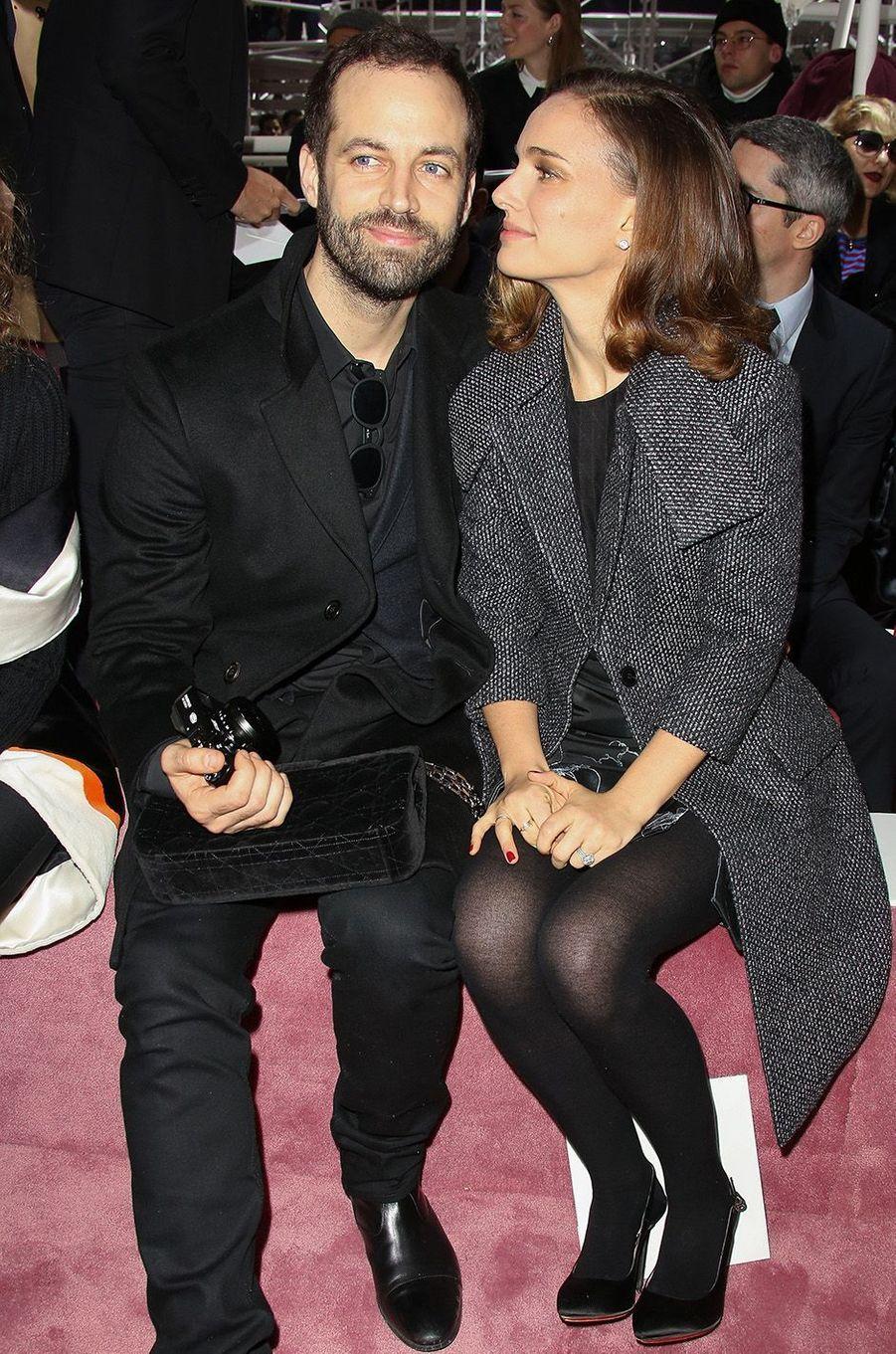 Natalie Portman et Benjamin Millepied au défilé DIOR à Paris, en 2015.