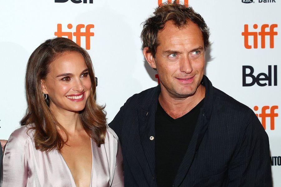 """Natalie Portman et Jude Law présentent """"Vox Lux"""", de Brady Corbet, au festival de Toronto, vendredi 7 septembre"""
