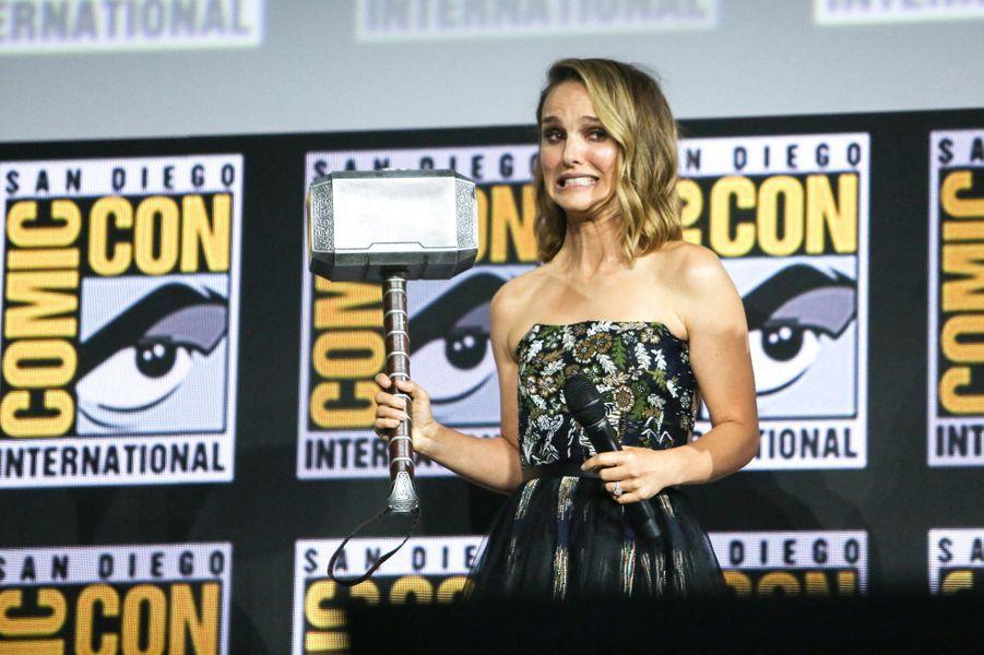 Marvel : Natalie Portman va endosser le rôle de Thor