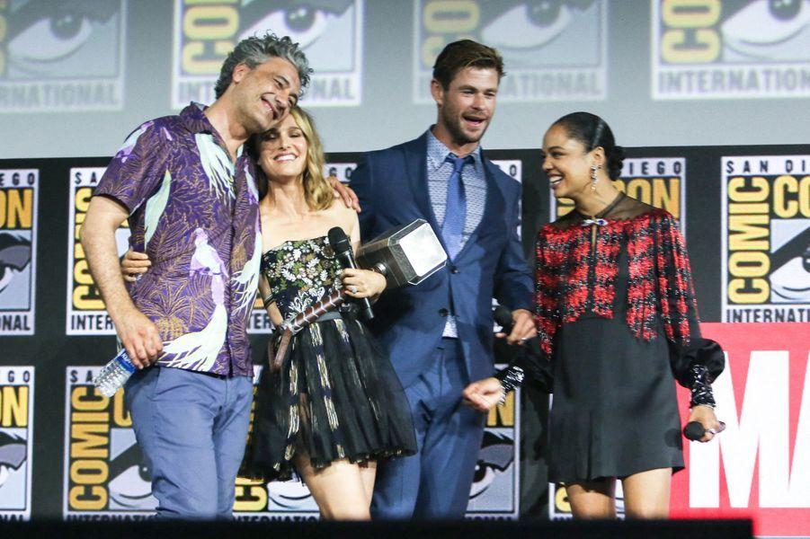 Taika Waititi, Natalie Portman, Chris Hemsworth et Tessa Thompson.