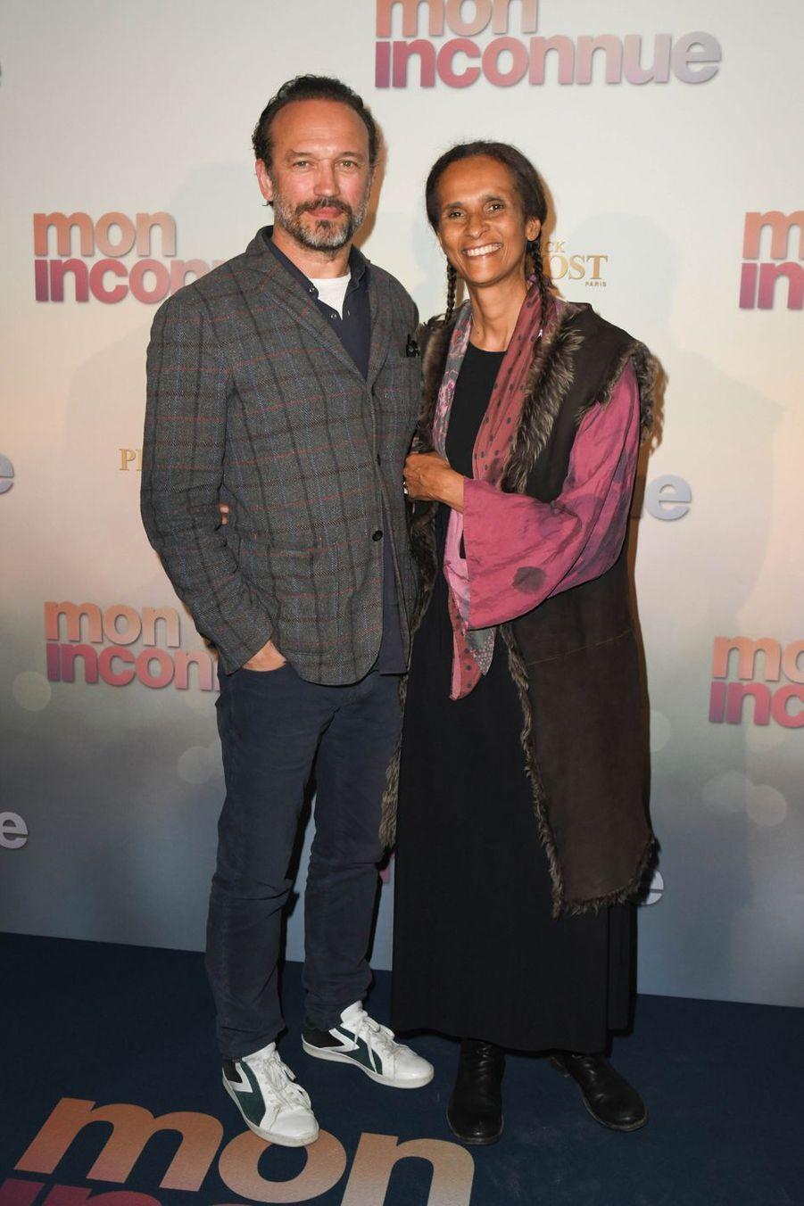 Vincent Perez et sa femme Karine Sillaà Paris, le 1er avril 2019