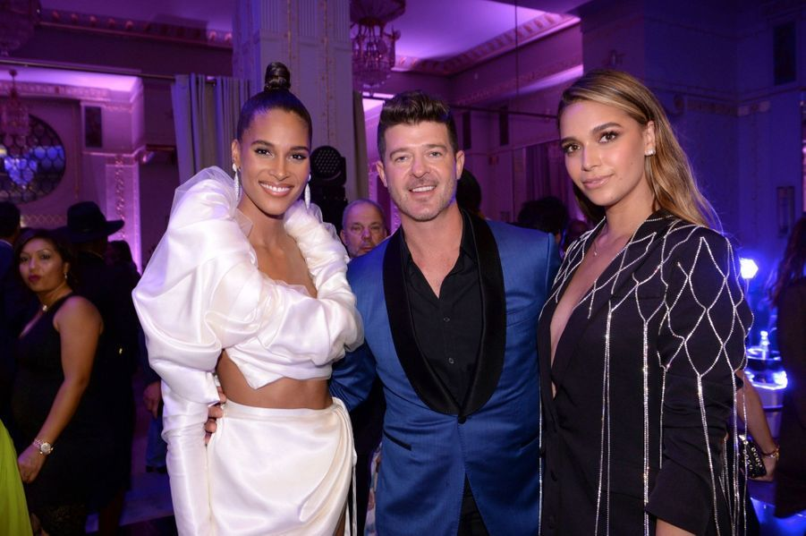 Cindy Bruna et Robin Thicke avec sa compagne April Love Geary.