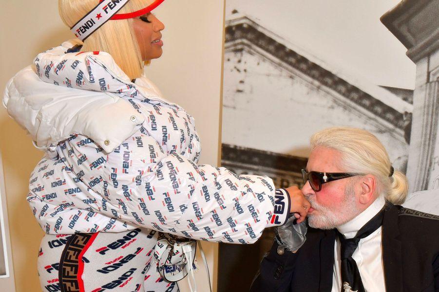 Nicki Minaj et Karl Lagerfeld au défilé Fendi à Milan le 20 septembre 2018