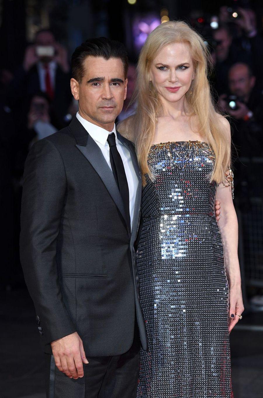 """Colin Farrell et Nicole Kidmanà l'avant-première de """"Mise à mort du cerf sacré"""" à Londres, le 12 octobre 2017."""