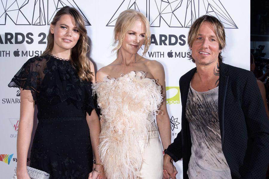 Nicole Kidman avec sa nièce Laura et son mari Keith Urban aux Aria Awards le 28 novembre 2018 à Sidney