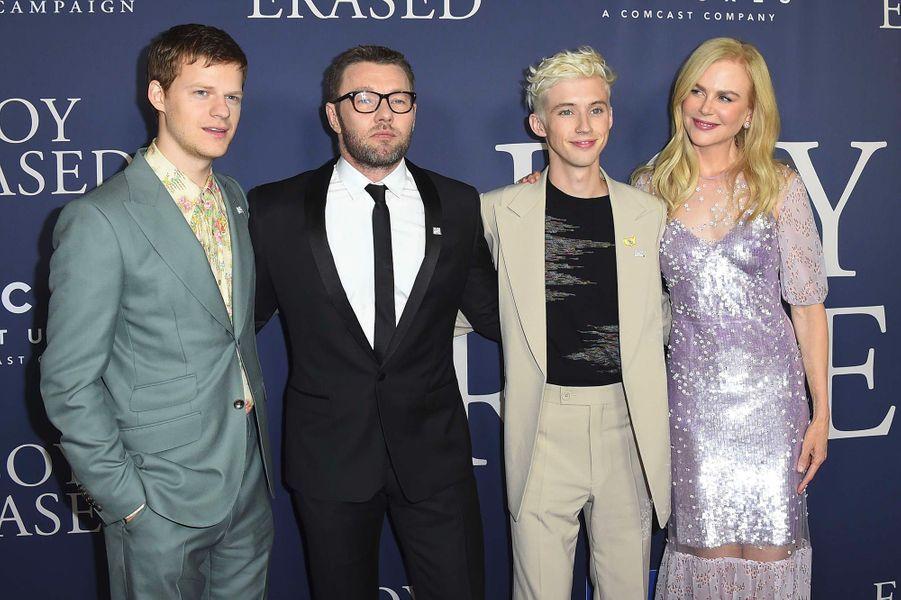 """Nicole Kidman avec Joel Edgerton,Lucas Hedges et Troye Sivan à l'avant-première de """"Boy Erased"""" à Los Angeles, lundi 29 octobre"""