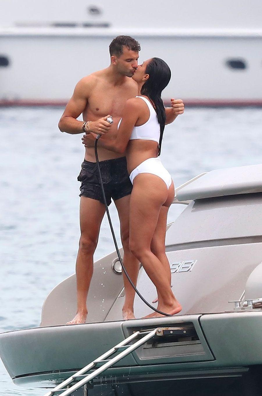 Nicole Scherzinger et Grigor Dimitrov à Saint-Tropez le 22 juillet 2018
