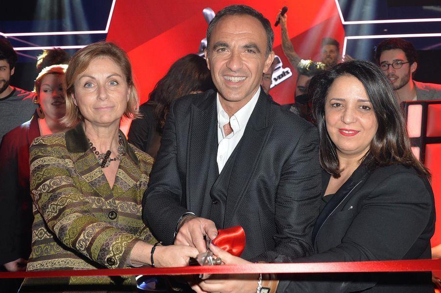 Béatrice de Reyniès, présidente de Grévin International, Nikos Aliagas et une invitée.