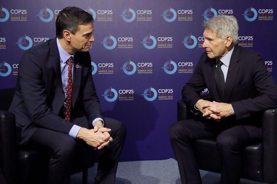 Harrison Ford et le président du gouvernement espagnol Pedro Sanchez lors de la COP25 à Madrid le 10 décembre 2019