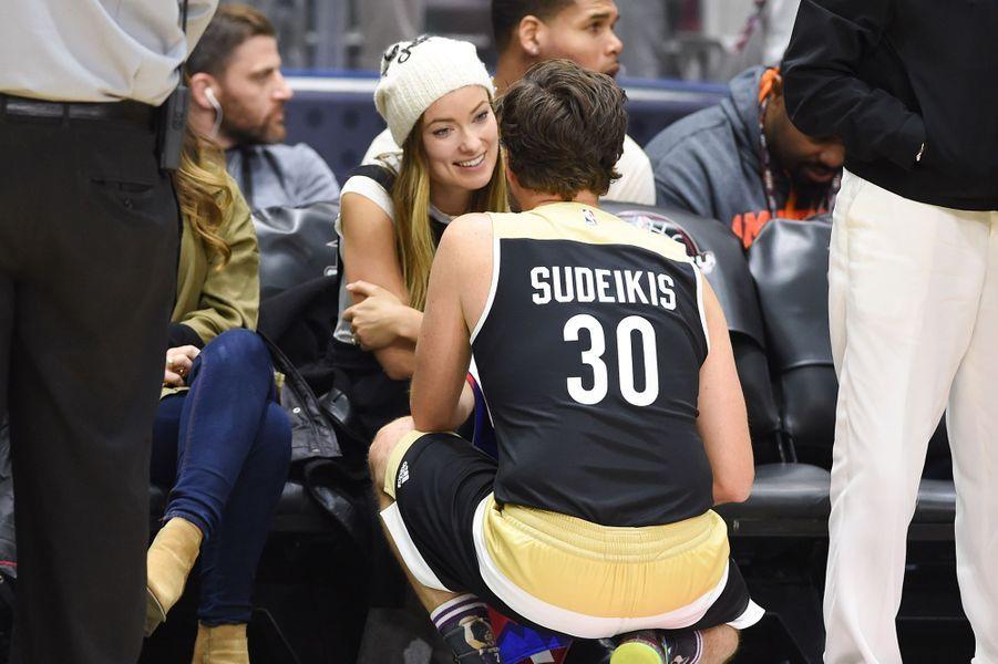 Olivia Wilde et Jason Sudeikis lors du match NBA All-Star Celebrity à Toronto en février 2016