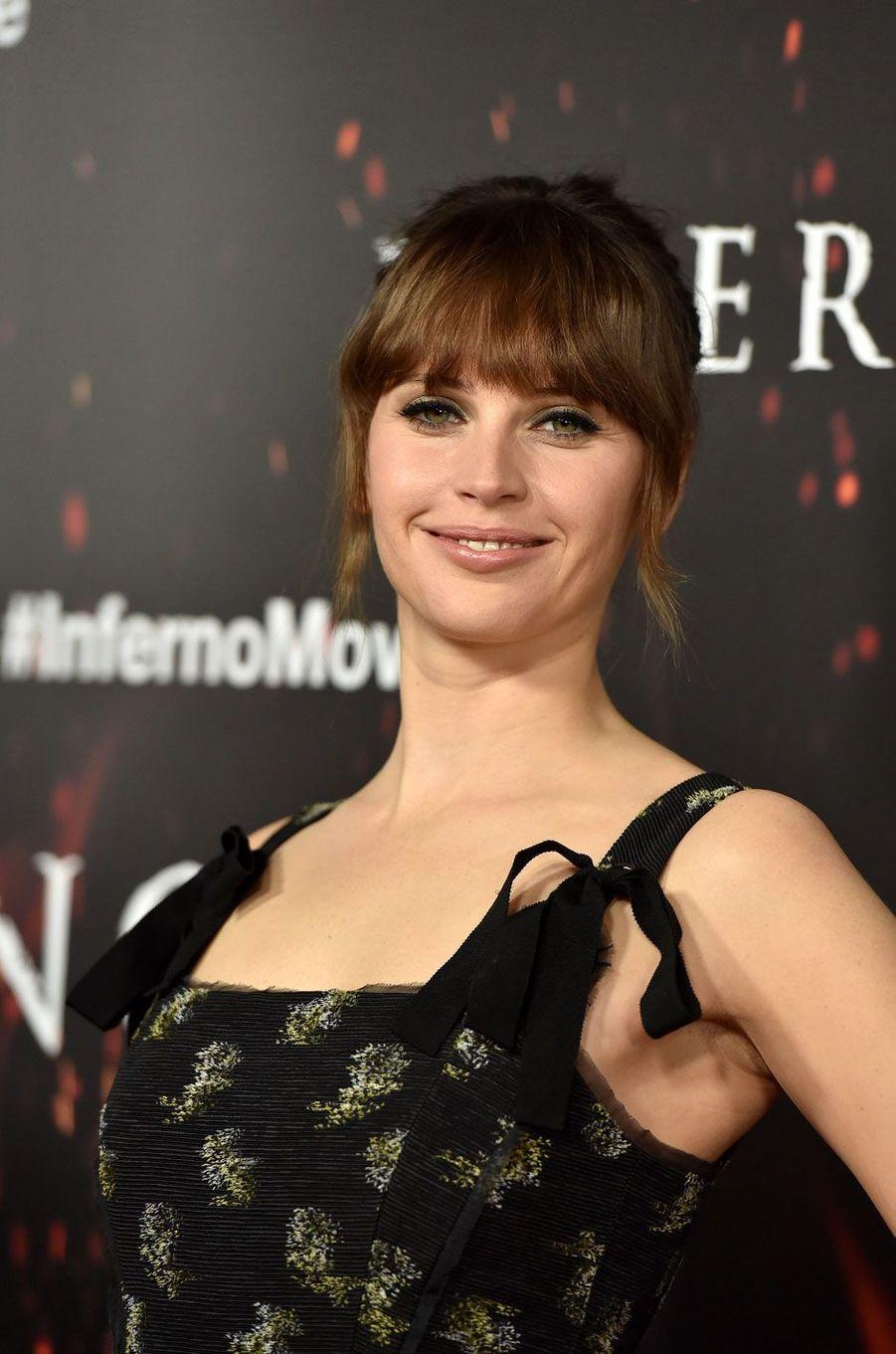 """Felicity Jones à l'avant-première de """"Inferno"""" à Los Angeles"""