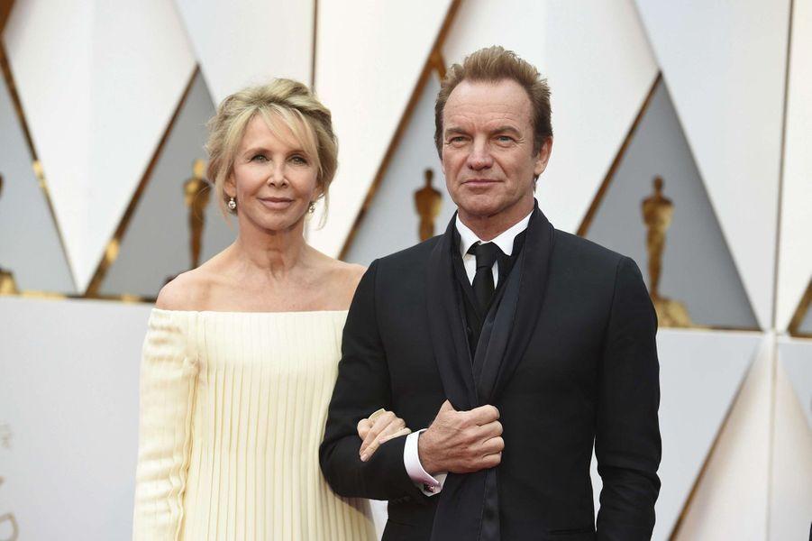 Sting et son épouse.