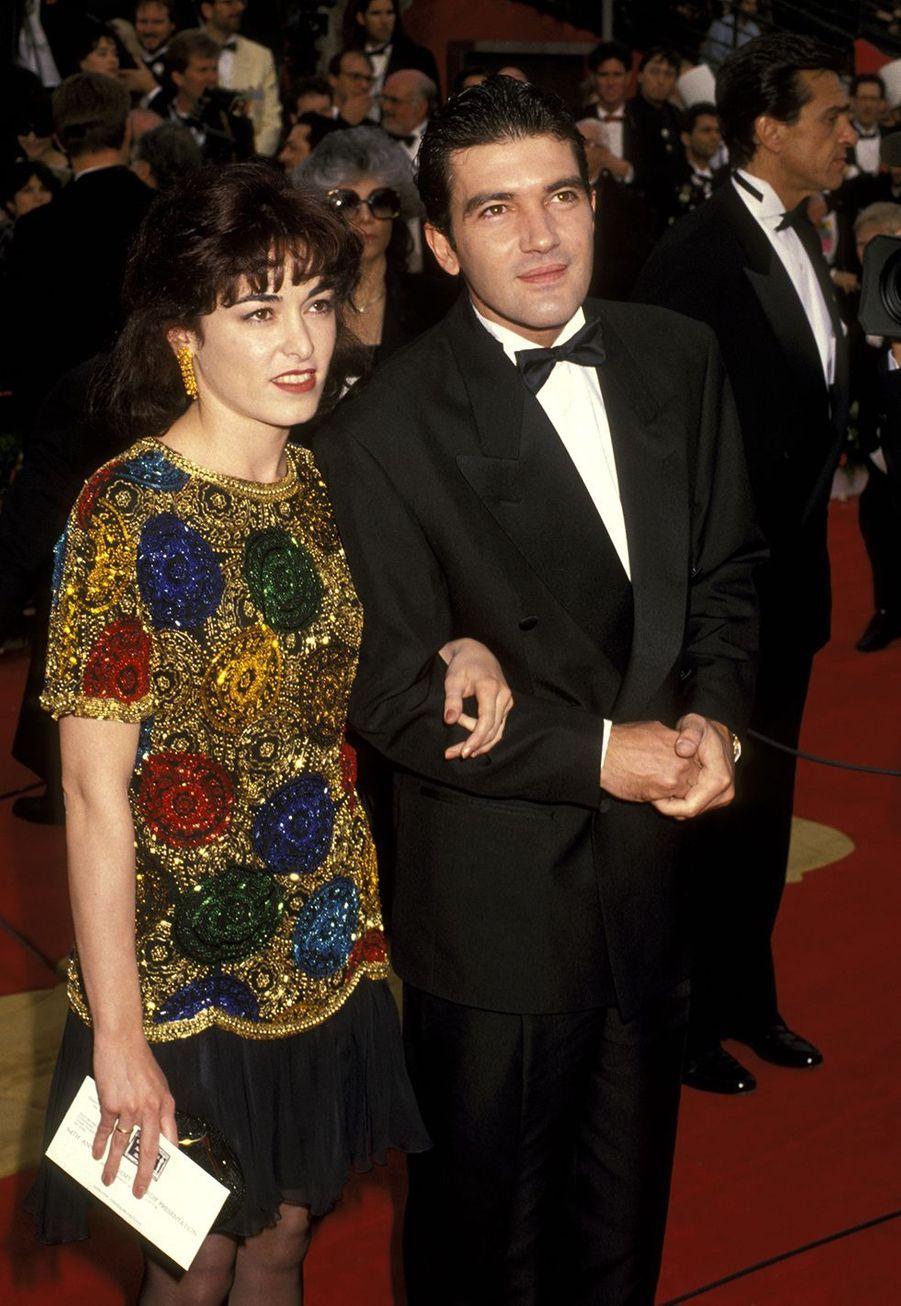 Antonio Banderas (avec son épouse d'alors Ana Leza) aux Oscars en 1992