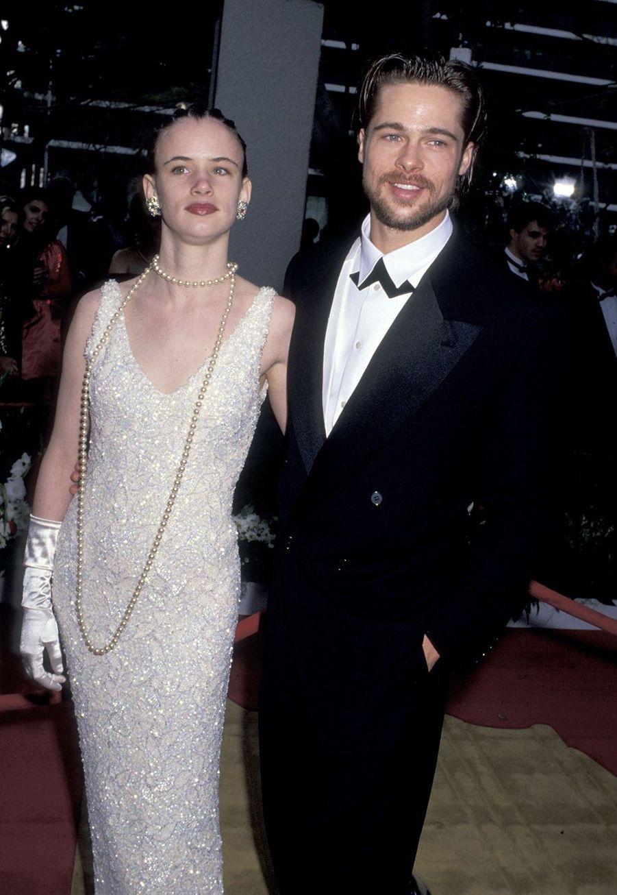 Brad Pitt (avec sa compagne d'alors Juliette Lewis) aux Oscars en 1992