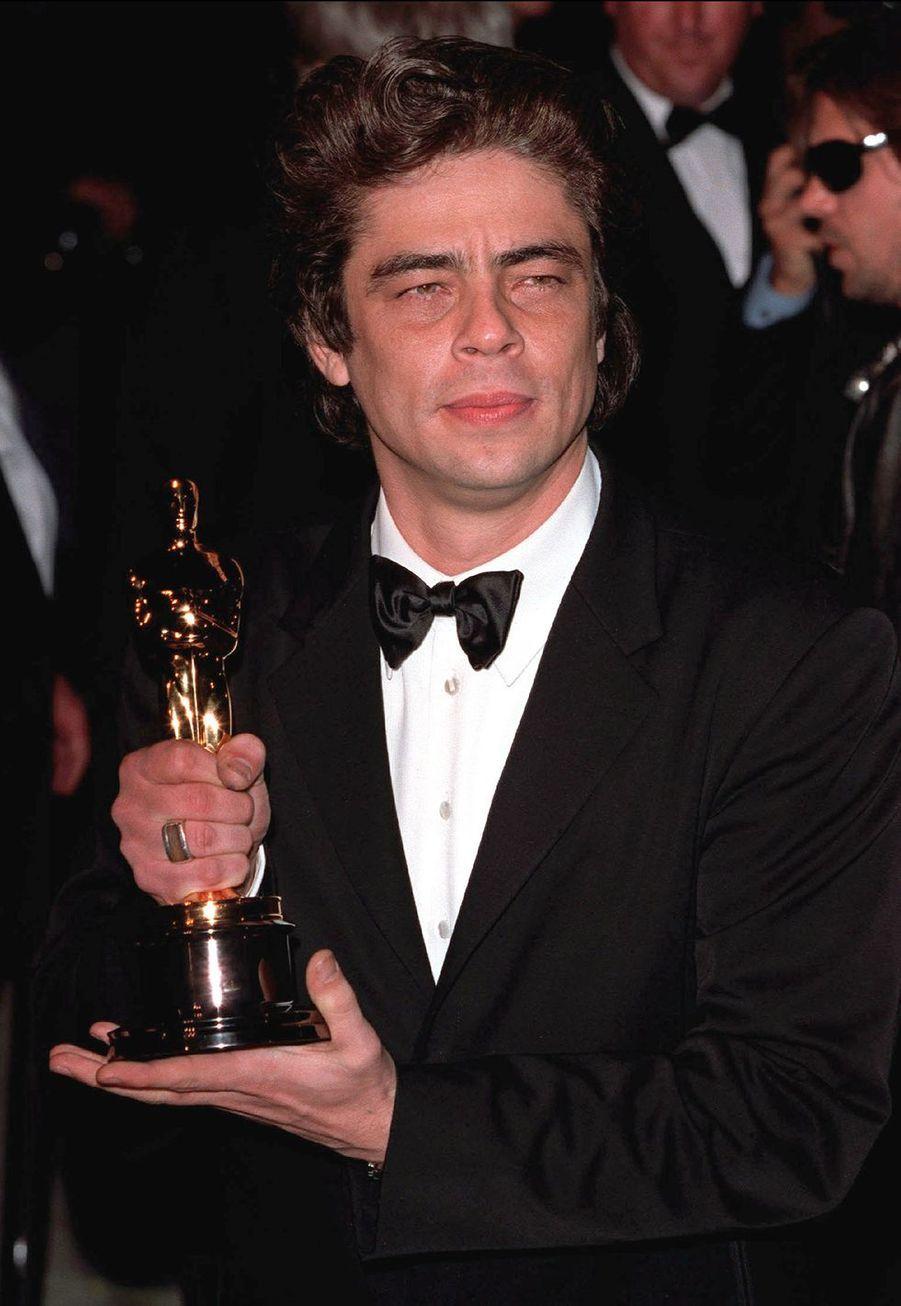 """2001 : Benicio del Toro (meilleur acteur dans un second rôle pour """"Traffic"""")"""