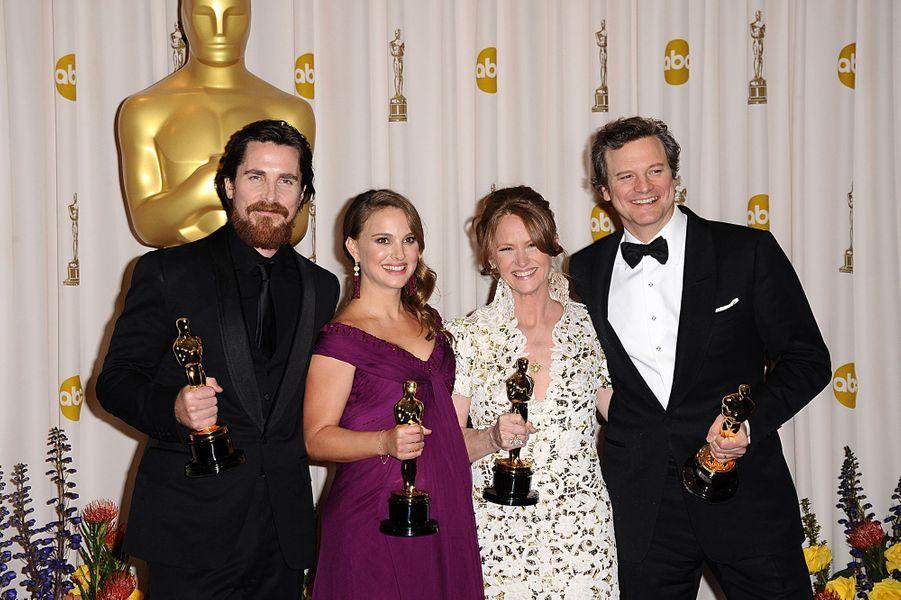 """2011 :Christian Bale (meilleur second rôle dans """"Fighter""""), Natalie Portman (meilleure actrice dans """"Black Swan""""), Melissa Leo (meilleure second rôle dans """"Fighter"""") et Colin Firth (meilleur acteur dans """"Le Discours d'un roi"""")"""