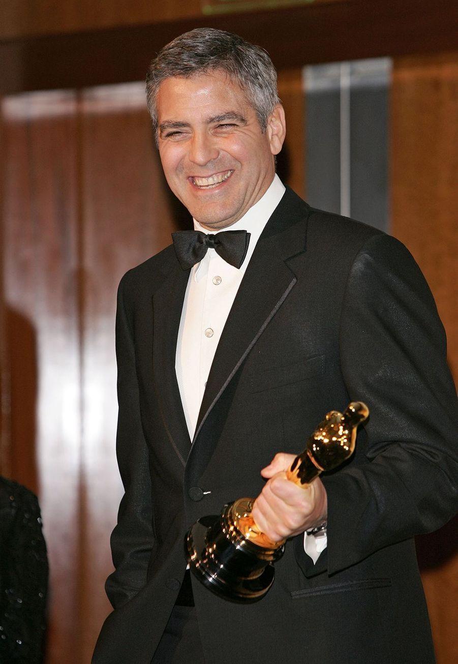 """2006 : George Clooney (meilleur acteur dans un second rôle pour """"Syriana"""")"""