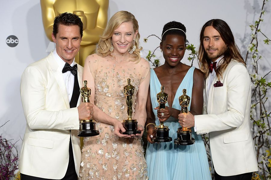 "2014 : Matthew McConaughey (meilleur acteur dans ""Dallas Buyers Club""), Cate Blanchett (meilleure actrice dans ""Blue Jasmine""), Lupita Nyong'o (meilleure second rôle dans ""Twelve Years A Slave"") et Jared Leto (meilleur second rôle dans ""Dallas Buyers Club"")"