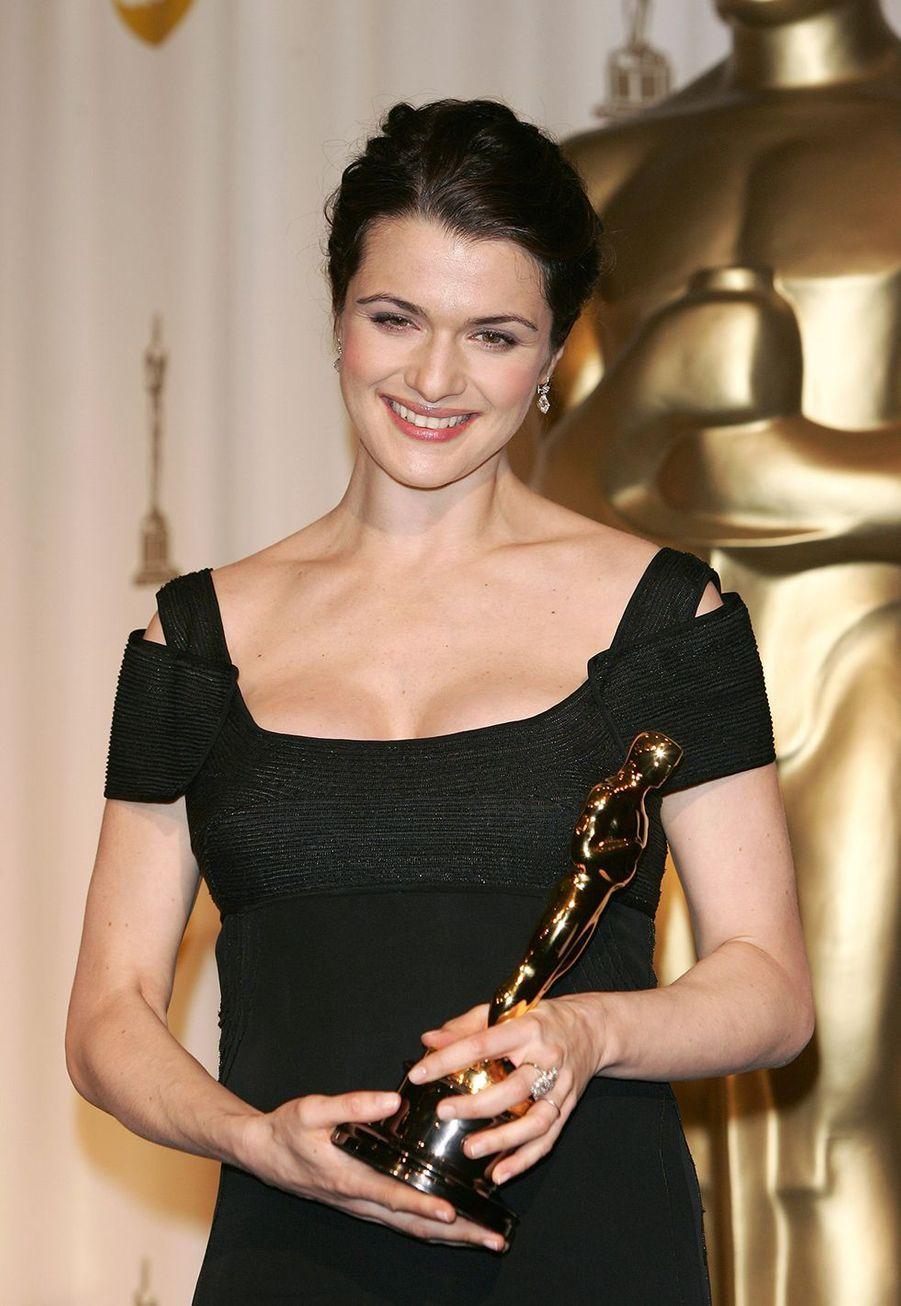 """2006 : Rachel Weisz (meilleure actrice dans un second rôle pour """"The Constant Gardener"""")"""