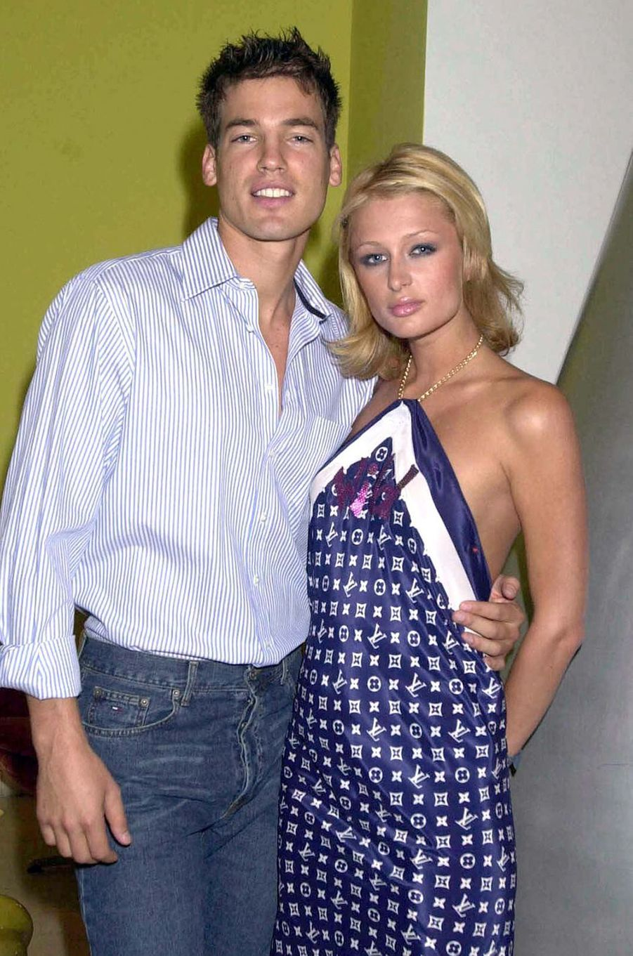 Jason Shaw (mannequin) et Paris Hilton ont été brièvement fiancés entre 2002 et 2003
