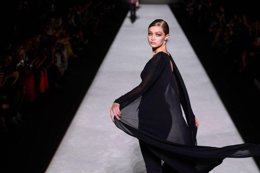 Gigi Hadid au défilé Tom Ford à New York, mercredi 5 septembre